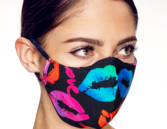Kisses Mask